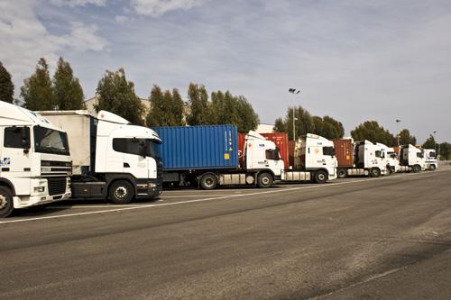 El 20% de camiones con menos de cuatro años contratan seguros a todo riesgo