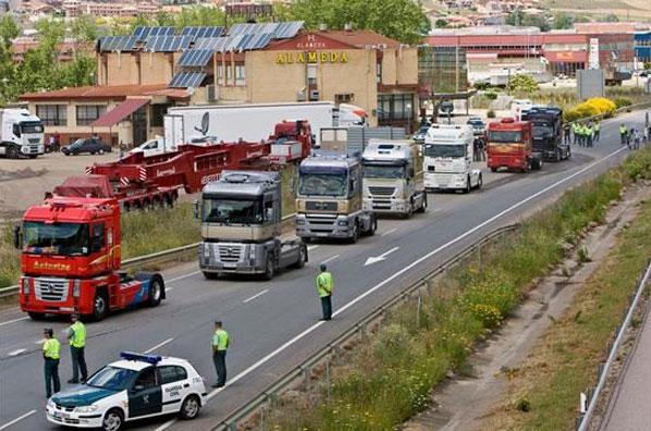Movilización contra las restricciones catalanas al tráfico