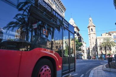 EMT Valencia cumple con una doble certificación de Aenor