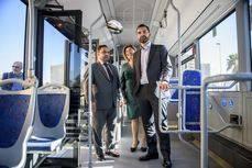 Almería suma dos articulados, en un servicio que superó los 7,9 millones de viajeros en 2016