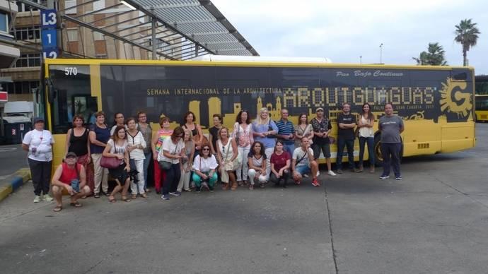 Ruta 'Arquiguaguas' de Guaguas descubre la 'Ciudad ganada al mar'