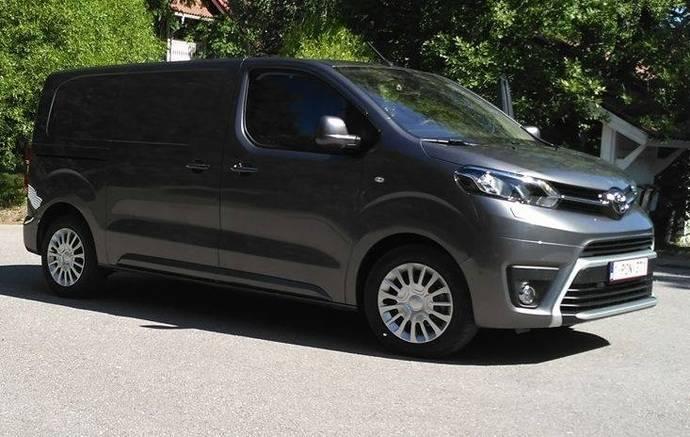 Llega al mercado español la nueva Proace Van de Toyota