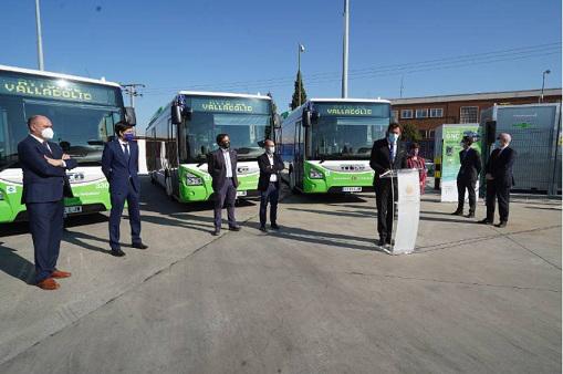 Auvasa inicia la renovación tecnológica de la flota de autobuses