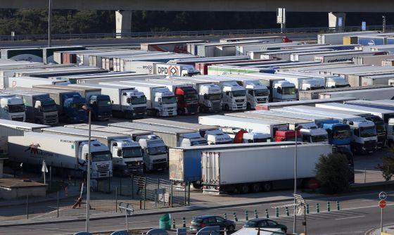 Alerta por la desaparición de aparcamientos cerrados y vigilados