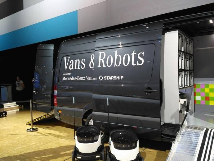 Mercedes-Benz Vans invierte en Starship Technologies y sus robots de entrega