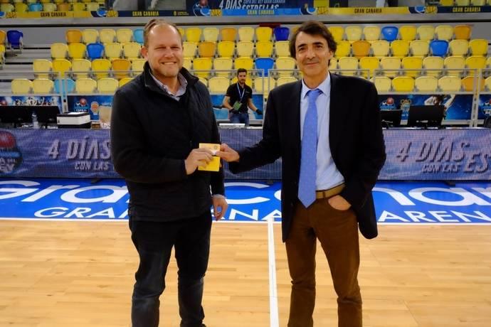 Guaguas ayuda a voluntarios de Copa del Rey de Baloncesto 2018