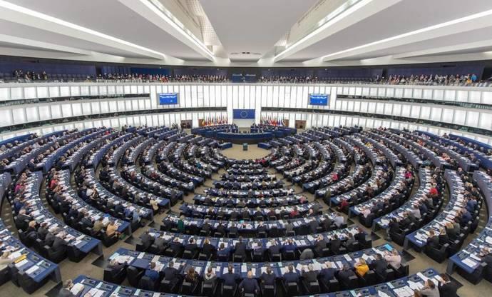 Cascales analiza la votación de Europa respecto a la liberalización del autobús