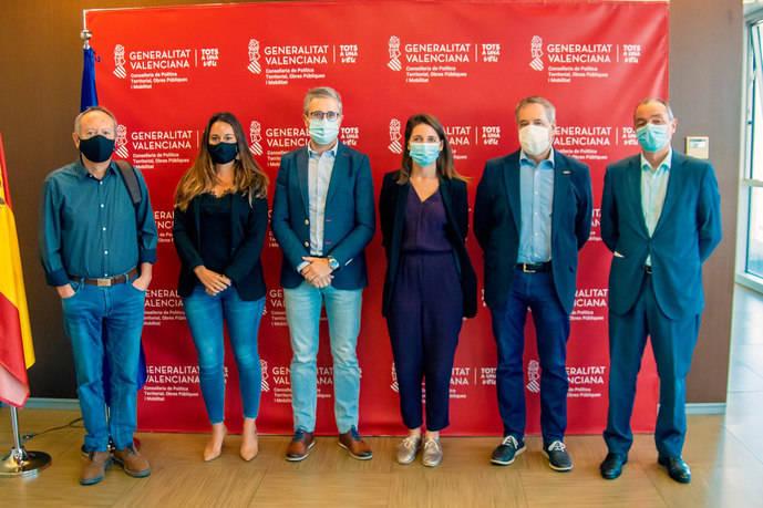 La Comunidad Valenciana para favorecer el transporte público