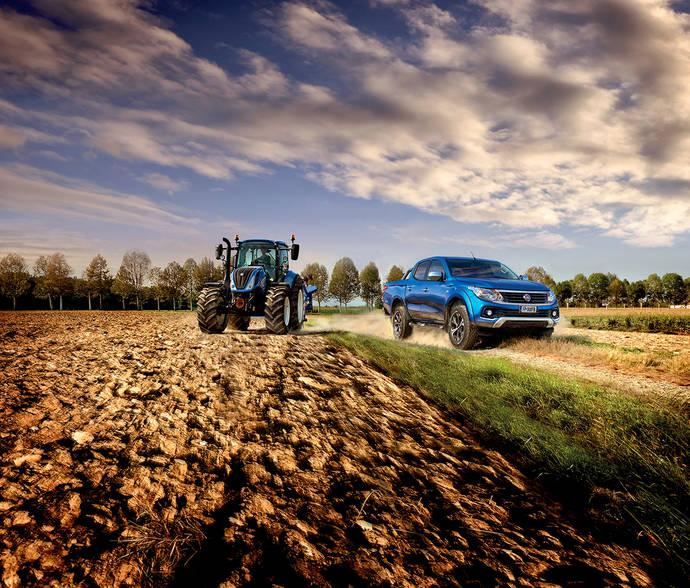 Fiat Professional y New Holland Agriculture en la EIMA 2016