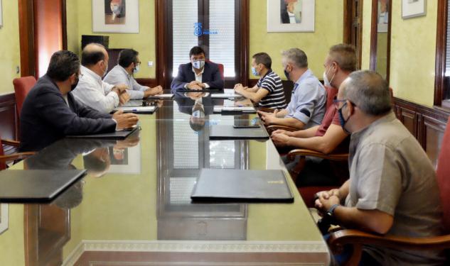 Emtusa y los taxis de Huelva, de acuerdo para La Ribera