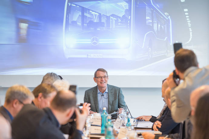Las ventas de Daimler 6,2% en el sector para Daimler Buses