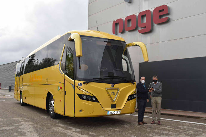 Nogebus entrega un Touring HD a la empresa Hillsa