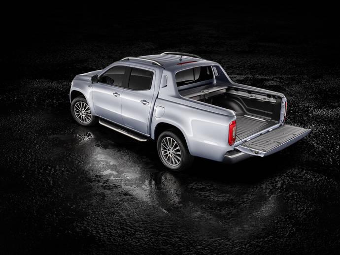 El Mercedes-Benz X-Class con motor de seis cilindros y tracción permanente.