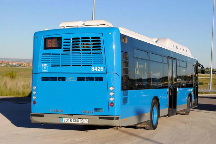 La buena marcha del turismo impulsa el uso del transporte urbano