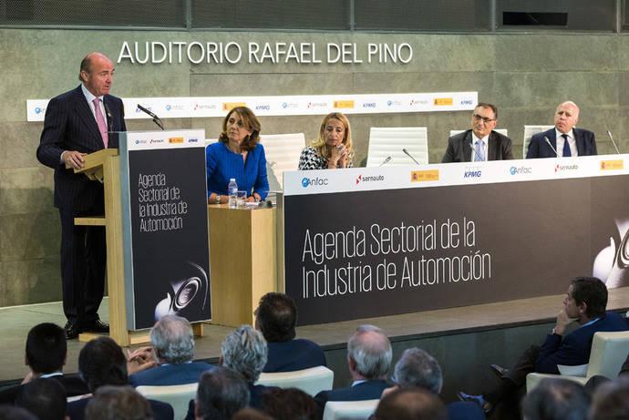 Luis de Guindos presenta la Agenda Sectorial de la Industria de Automoción hasta 2020