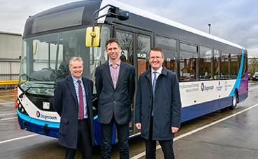 Comienzan las pruebas del primer autobús autónomo del Reino Unido