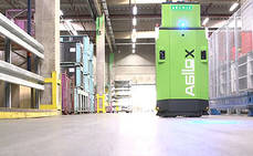 DB Schenker lleva la carretilla elevadora autónoma a sus almacenes