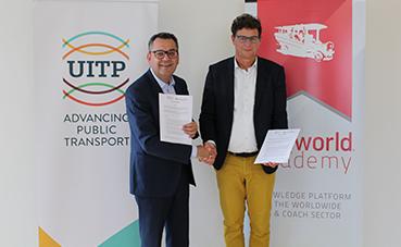 Busworld Academy y la UITP amplían su asociación estratégica