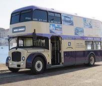 Autos González presenta su autobús inglés en VigoBodas