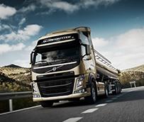 Volvo Trucks reduce su consumo con un nuevo <em>software</em> y motores mejorados