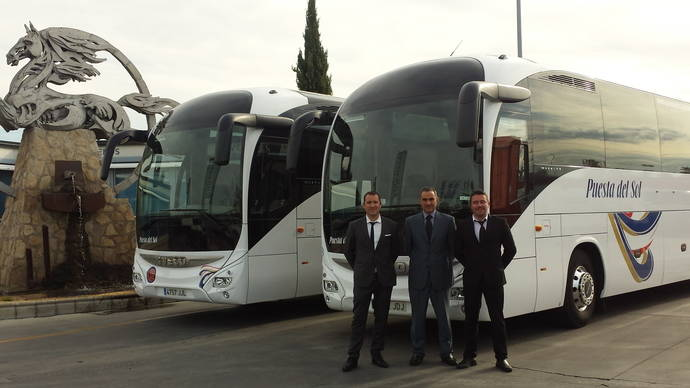 Dos unidades Magelys Pro para la empresa madrileña Autocares Puestas del Sol