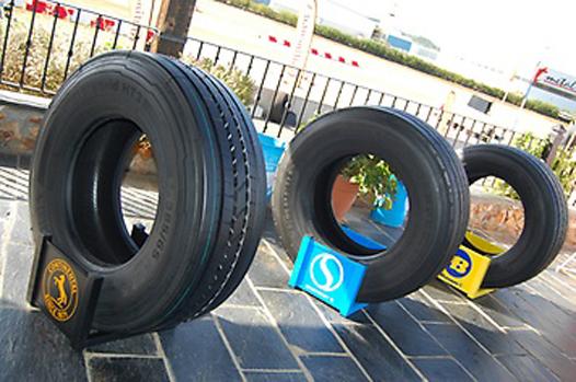 Las tres marcas de neumáticos del Grupo Continental: Continental, Semperit y Barum.