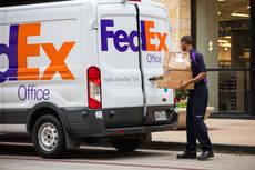 La compaía FedEx prevé un volumen récord durante el Cyber Monday