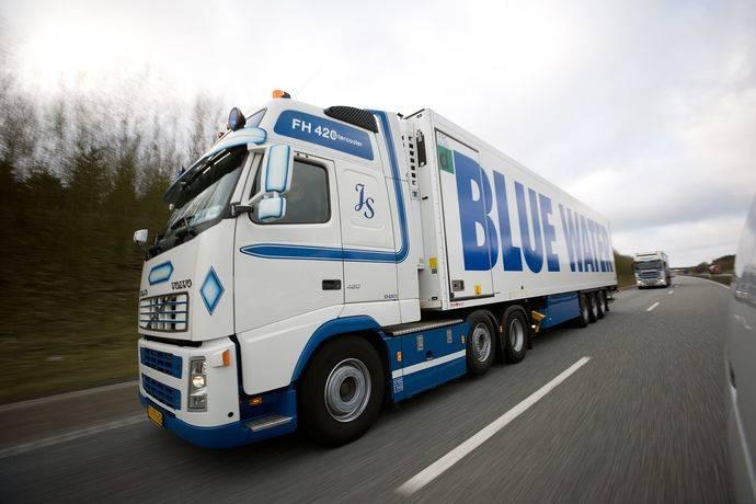 El Grupo Rhenus y Blue Water Shipping potencian sus redes