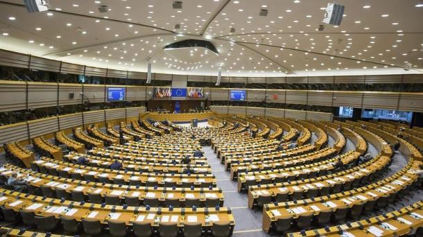 La UE recomienda un régimen sancionador contra las morosas