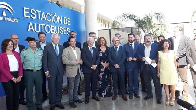 Nueva estación de autobuses de Cádiz, más de un millón de viajeros al año
