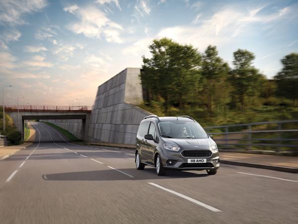 Ford presenta los nuevos Tourneo Courier y Connect con avanzada tecnología