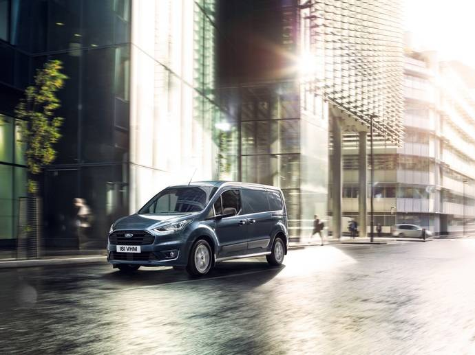 Ford presenta dos novedades en la gama Transit, las nuevas Connect y Courier