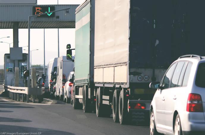 Los peajes en las carreteras de la UE, un sistema más justo y ecológico