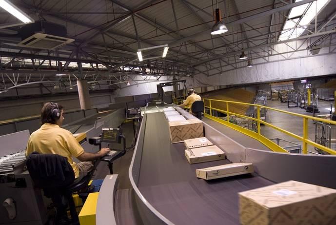 Correos duplicará gestión en Barajas envíos procedentes de China