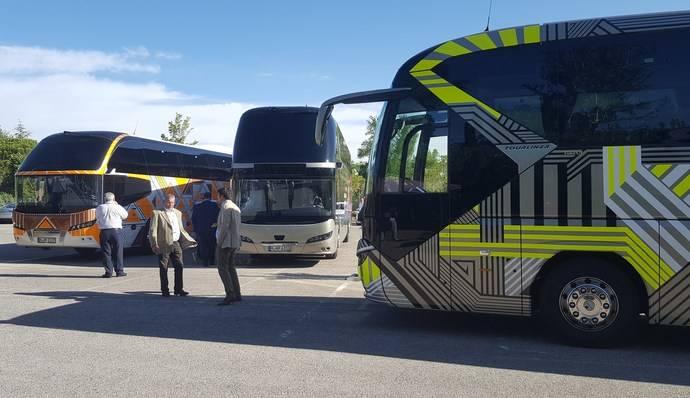 Neoplan presenta en España toda su gama de autocares Premium