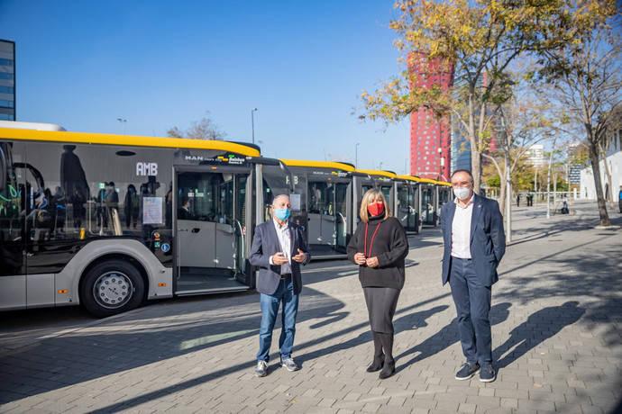 Baixbus presenta sus nuevos 12 híbridos urbanos MAN