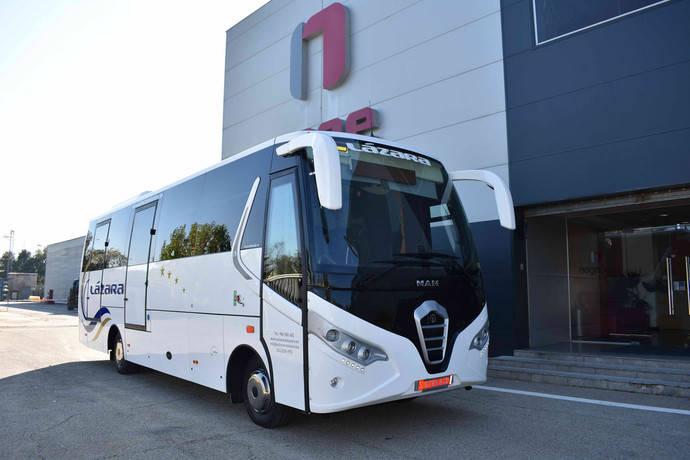 Autocares Lázara recibe un Touring H de Nogebus