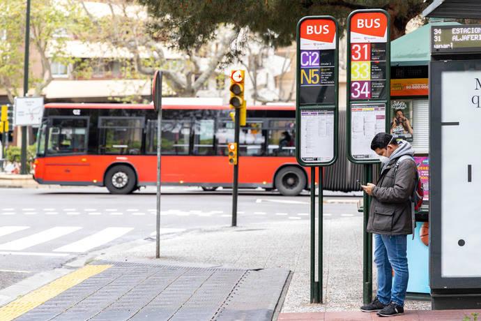 Zaragoza se esfuerza para cumplir los aforos regionales