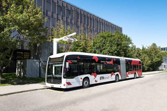 Mercedes-Benz entrega tres eCitaro G totalmente eléctricos a Suiza