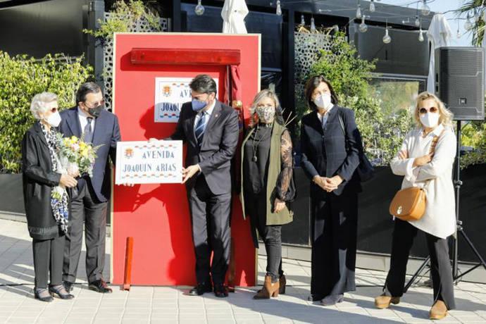 Alicante rinde homenaje al fundador de Vectalia