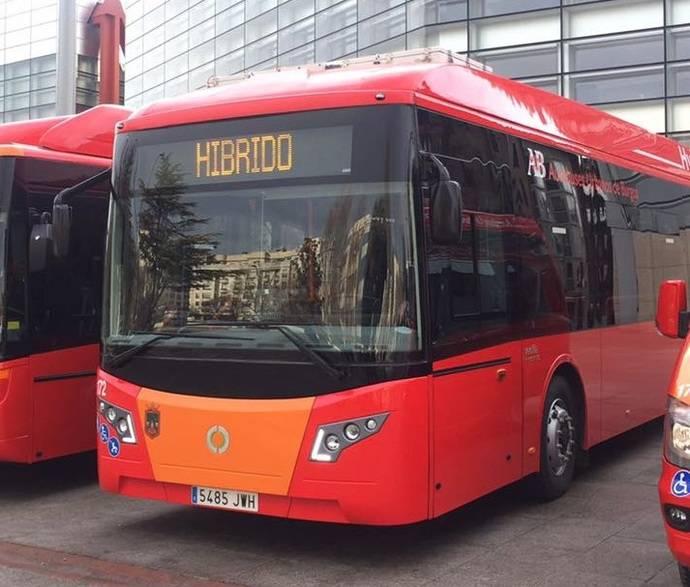 Burgos estrena su primer autobús híbrido municipal de la mano de Vectia