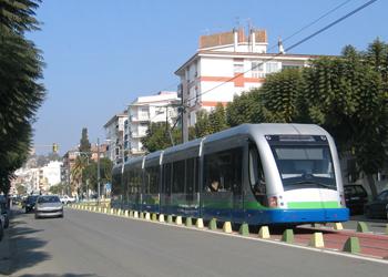 Junta y Ayuntamiento de Vélez Málaga trabajan en la elaboración de un convenio de colaboración para reactivar el tranvía