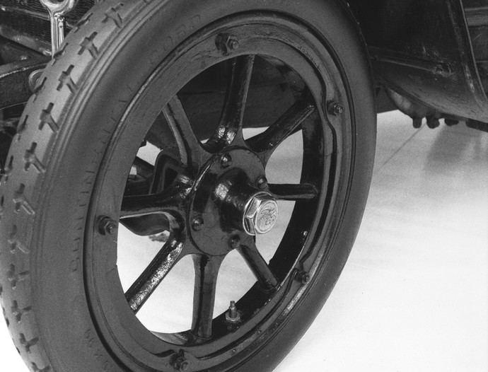 Excelencia en el desarrollo de neumáticos: 150 años de Continental