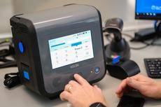 Ventilador de cuidados críticos Ventec Life Systems V+Pro.