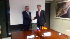 El director general de Atfrie, Juan Manuel Sierra Sidera, con el presidente de la asociación rusa de transporte Asmap, Andrey Lokhov.