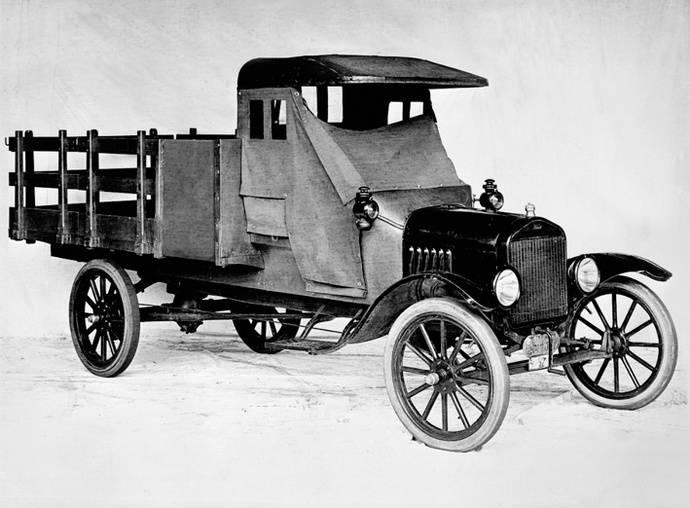 Ford celebra el centenario del modelo TT, precursor de sus actuales comerciales