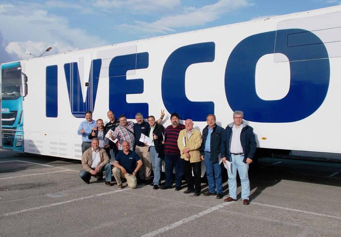 Primera promoción de personal comercial especializado de Iveco OK Trucks