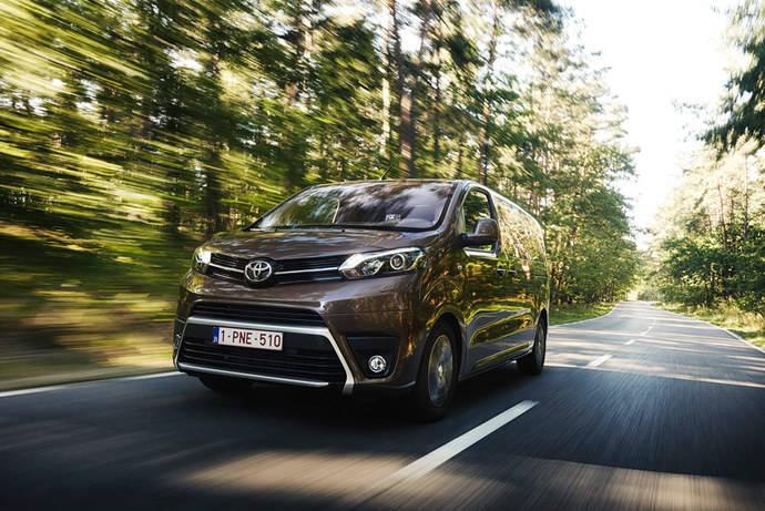 Toyota España lanza el nuevo Toyota Proace Verso