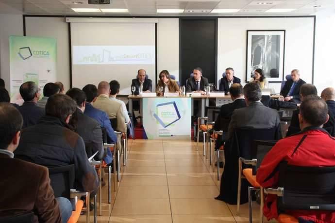 Extremadura analiza las 'Small Smart Cities'