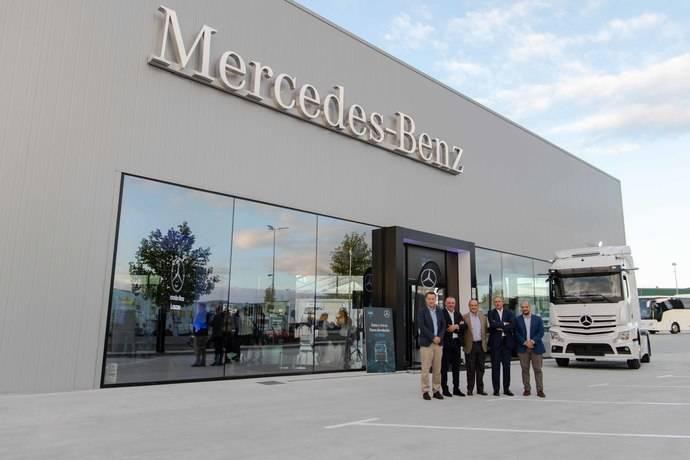 Mercedes-Benz Trucks inaugura un centro en Ourense
